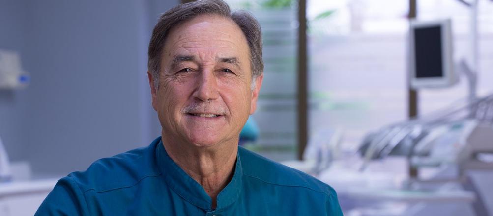 Dr. Antonio Fernández Arenas